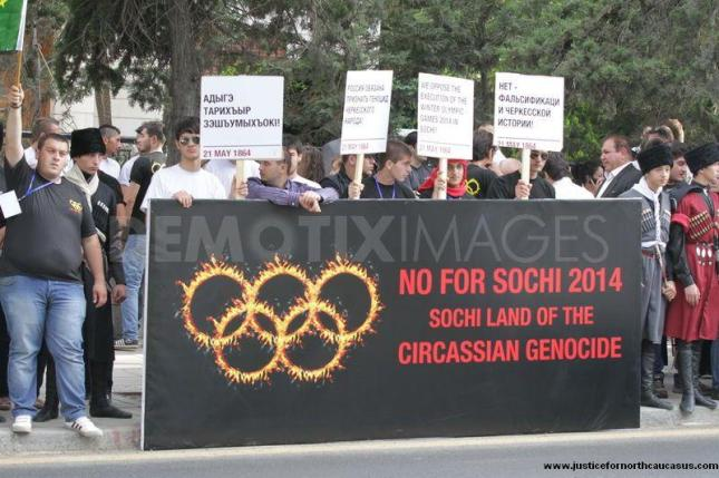 1337624365-circassians-protest-against-the-2014-sochi-winter-olympics-amman_1227819